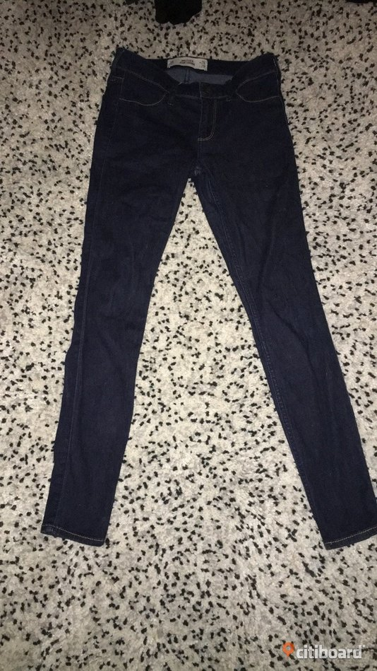 HOLLISTER JEANS Lomma