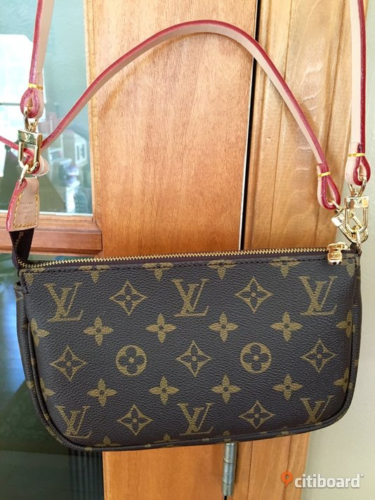 Louis Vuitton Monogram Accessories Pochette NM Stockholm Stockholm