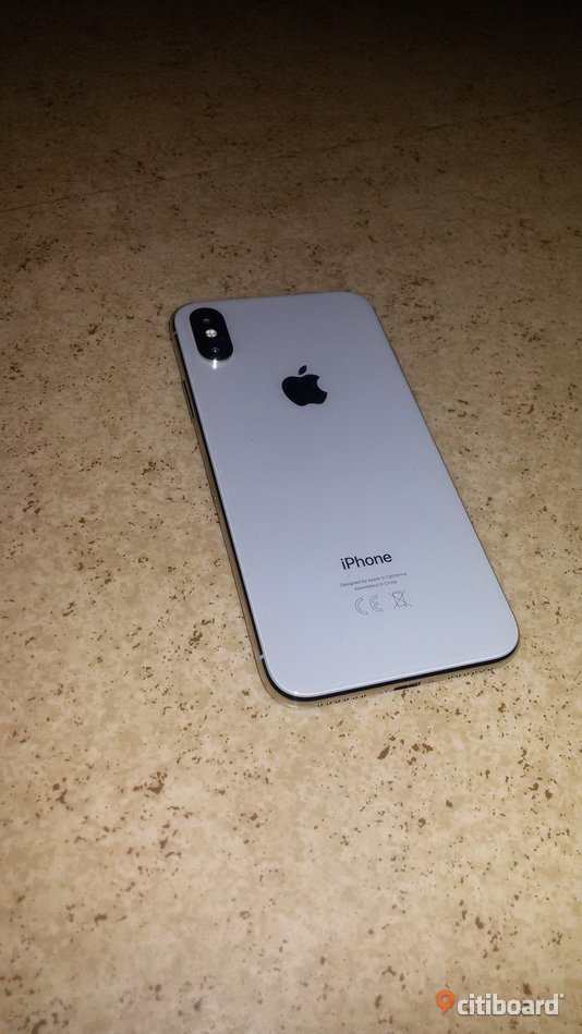 iPhone x 64GB silver  Elektronik Umeå Sälj