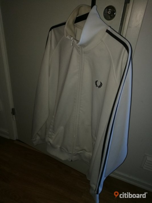 Fred perry  56-58 (XL) Norrköping