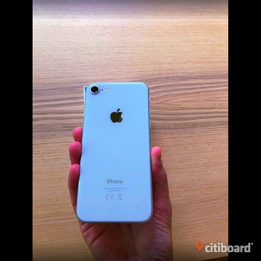 Apple iPhone 8 64GB Silver Stockholm
