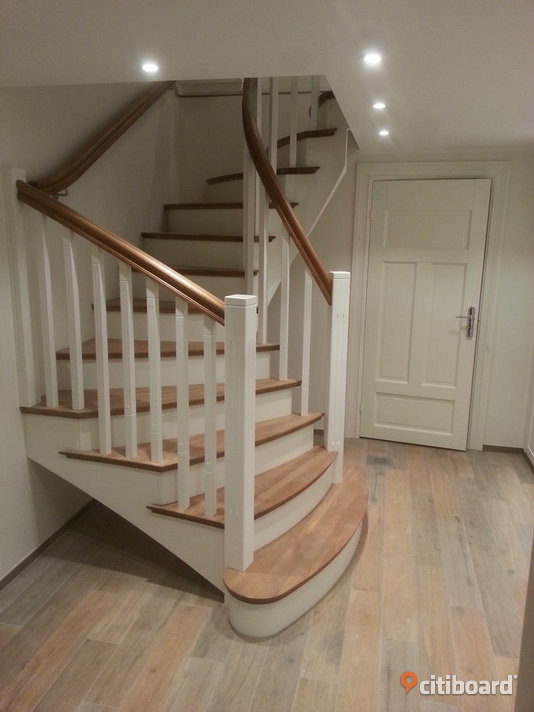 Solid wood stairs high quality from Latvian manufacturer. Karlshamn Sälj