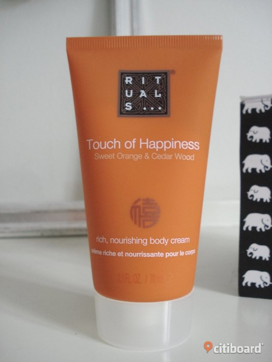 "RITUALS - Touch of Happiness Body Cream - ""Sweet Orange & Cedar Wood"" - Ny Malmö"