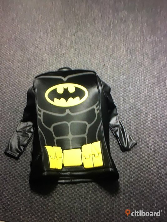 Batman Lego Movie Size:L 10-12 Years
