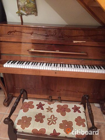 Piano Fritid & Hobby Lund