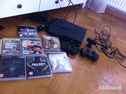 Ps3 Slim 500GB + 12 spel m.m.