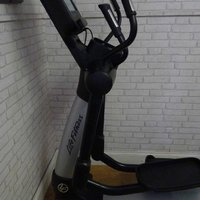 LIFE FITNESS 95XE CROSS TRAINER DISCOVER