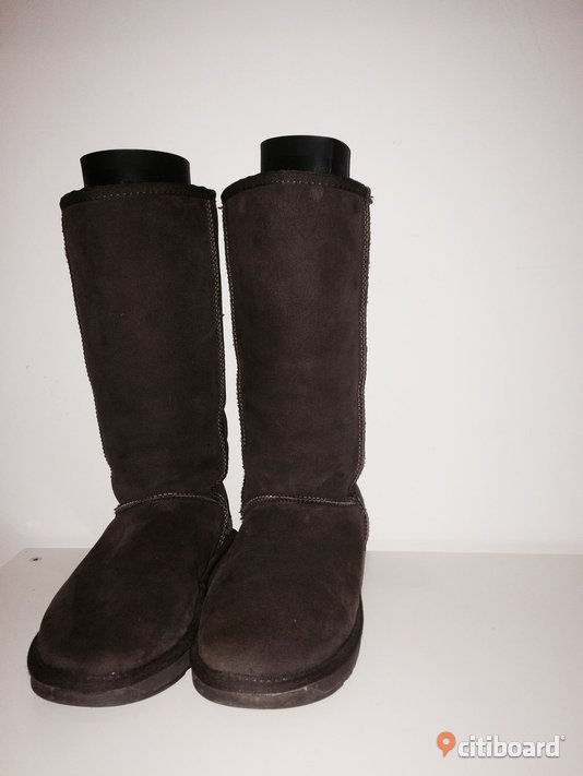 UGG BOOTS 40-41 Vardag & sneakers Lund