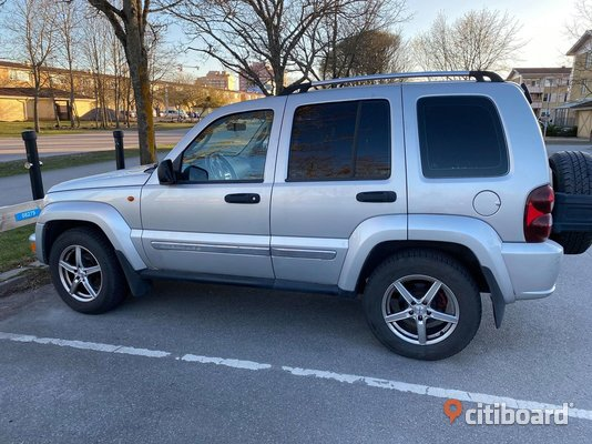 Jeep Cherokee 2.8 CRD 4WD Automat, 162hk