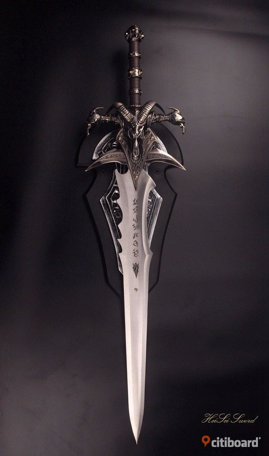 World of Warcraft The Lich King Sword Frostmourne 1:1 REPLICA Essunga