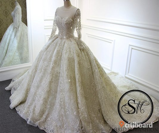0e5d9f8667f0 Oskarshamn. ENDAST EN! Lyxig Brudklänning Bröllopsklänning Ball Gown Siden Spets  Sweetheart Neckline Snörning Chapel Cathedral Train