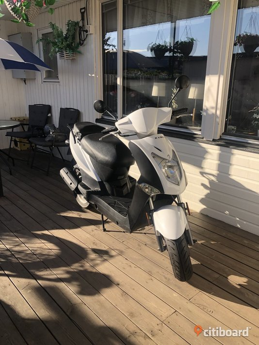 Moped Mopeder & Scooters Tyresö